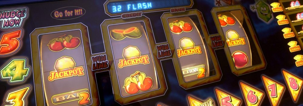 Get reliable bets through online casino